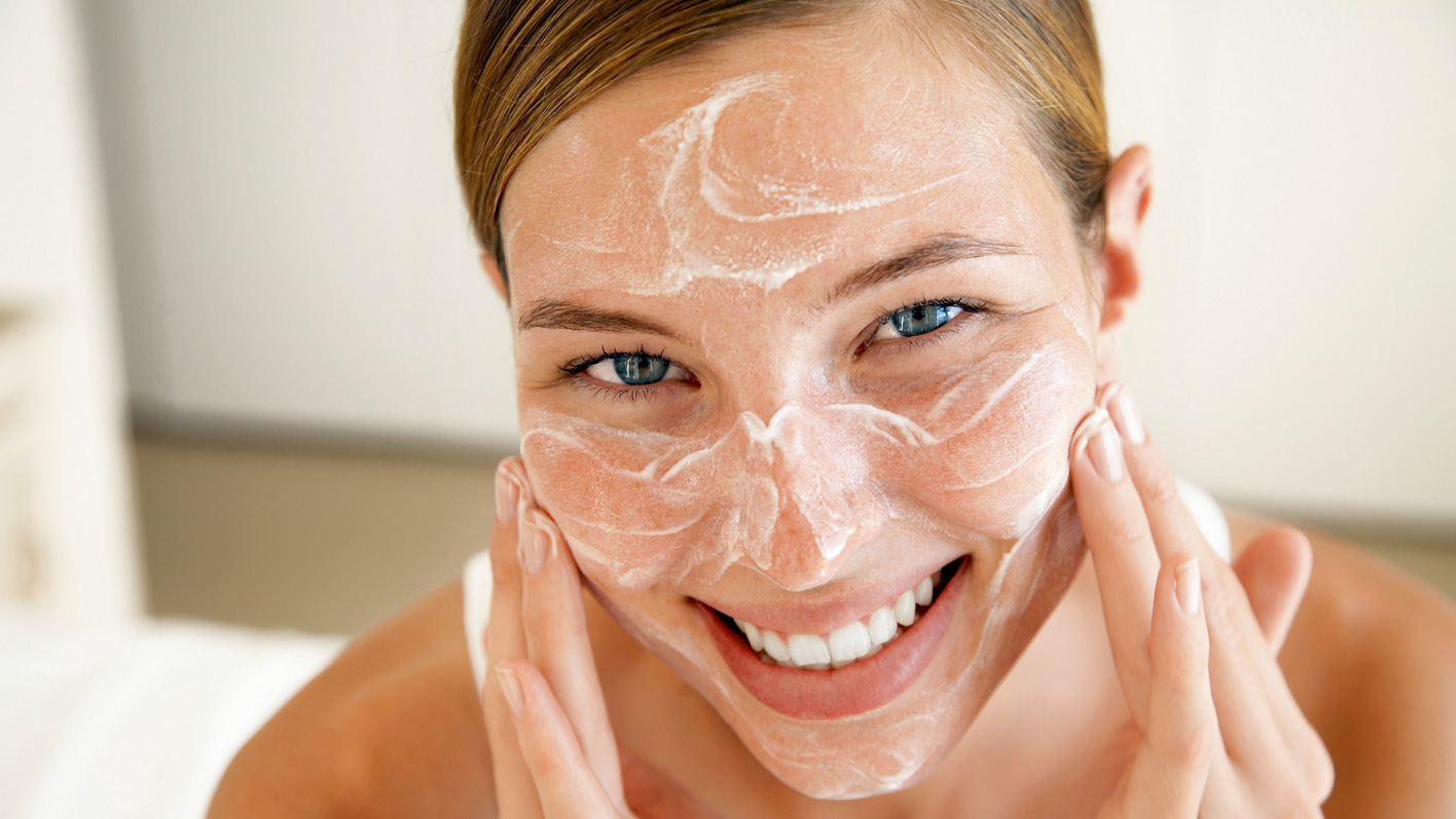 Unsere Haut muss gut gepflegt werden – ein Leben lang