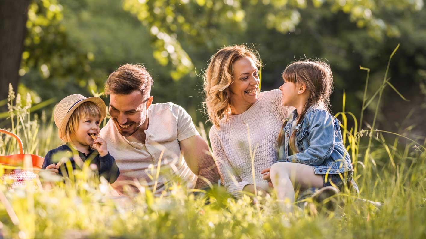 An die frische Luft trotz Allergie / TopPharm Apotheke / Ihr Gesundheits-Coach