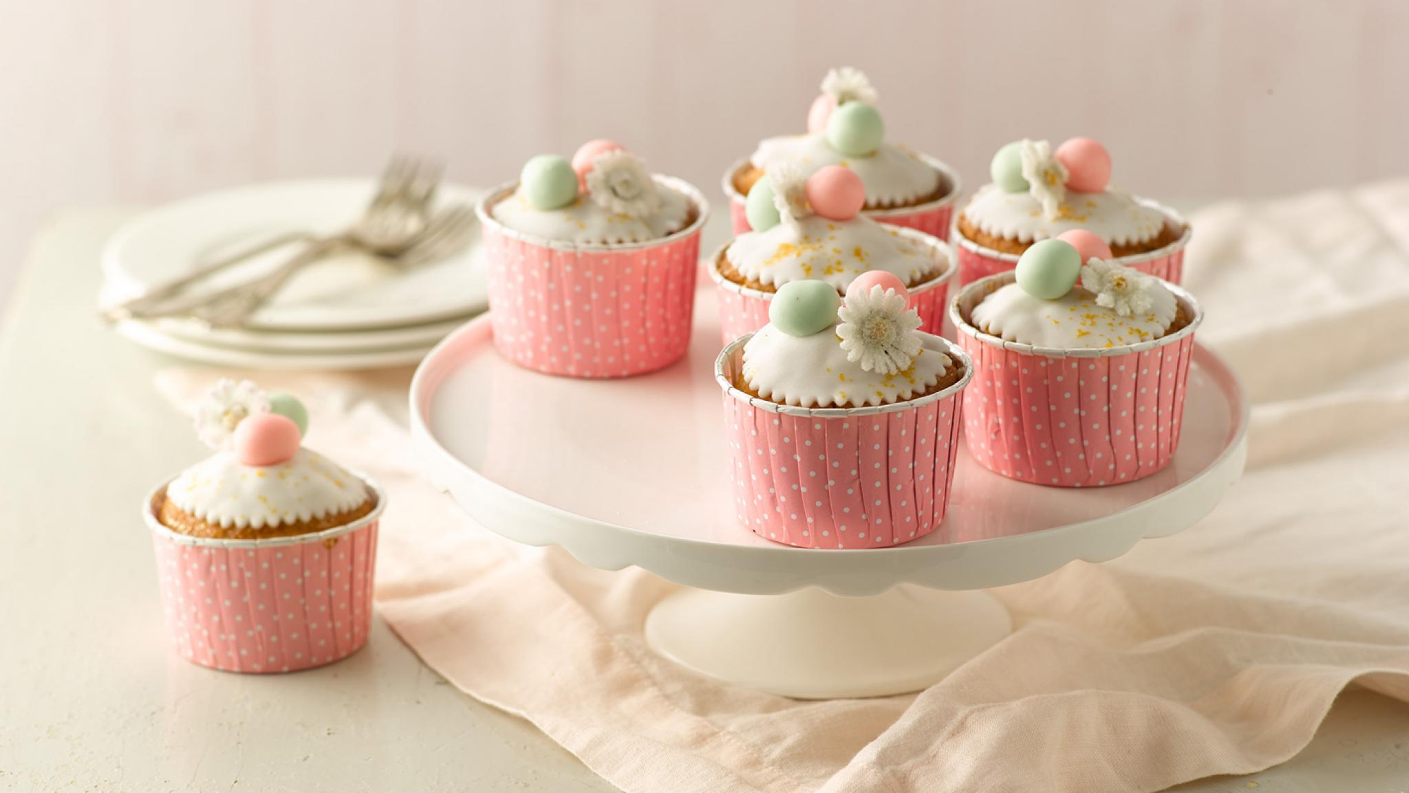 Gefüllte Oster-Muffins